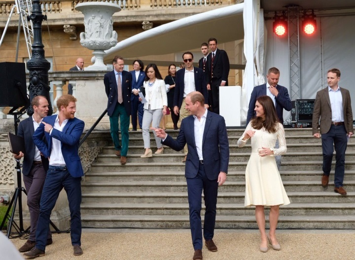 Duke and duchess with harry at tea party