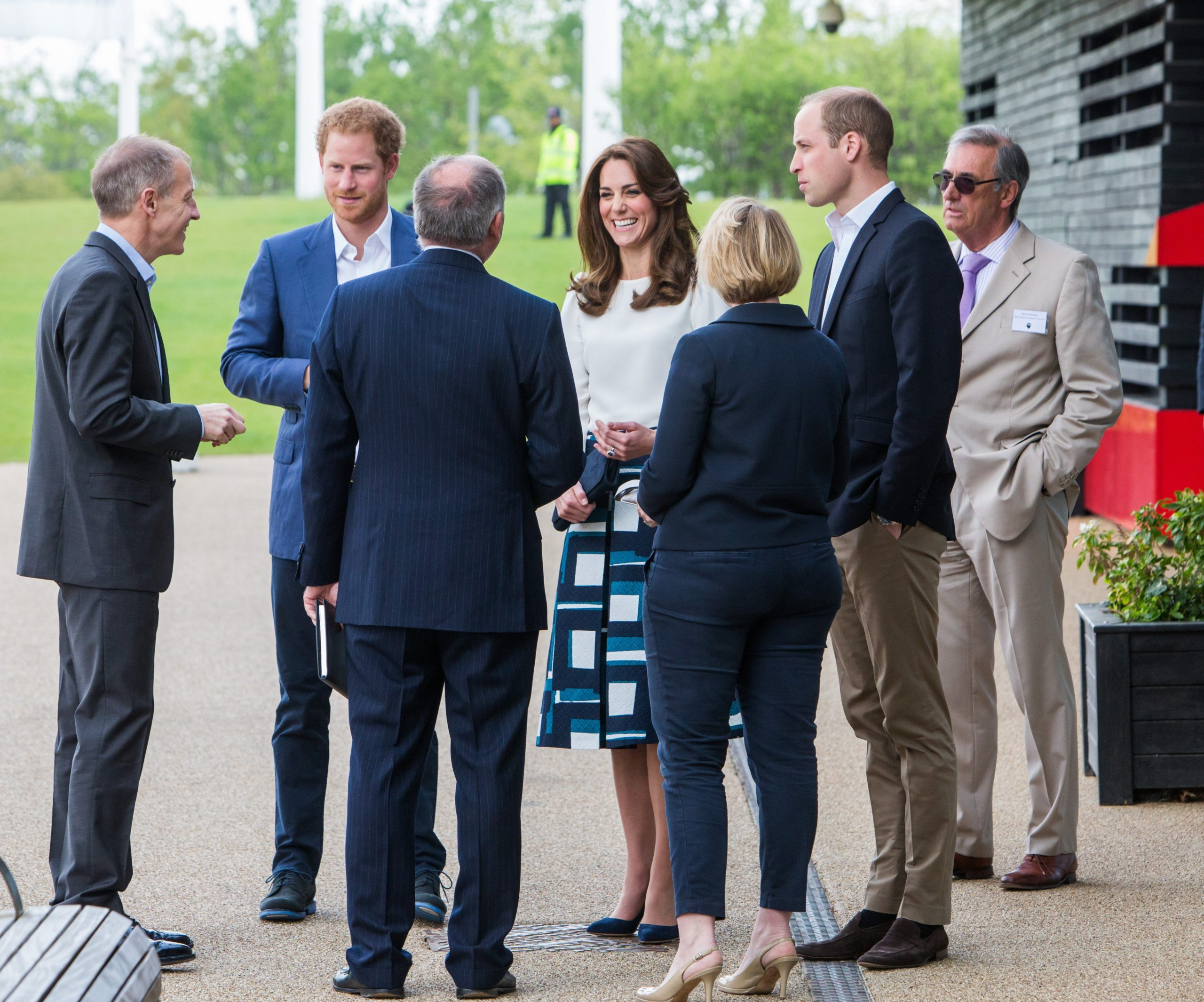 Duchess of Cambridge looked stunning in Banana Republic skirt and Goat Fashin blouse at the launch of Heads Together