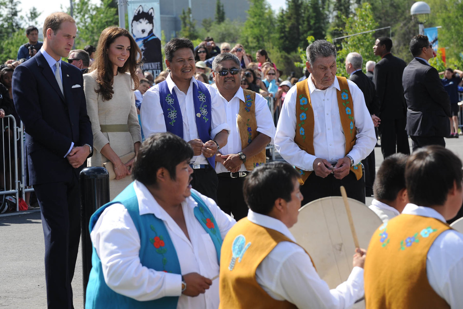 The Duke and Duchess of Cambridge watched drum performance during welcome ceremony in canada 2011