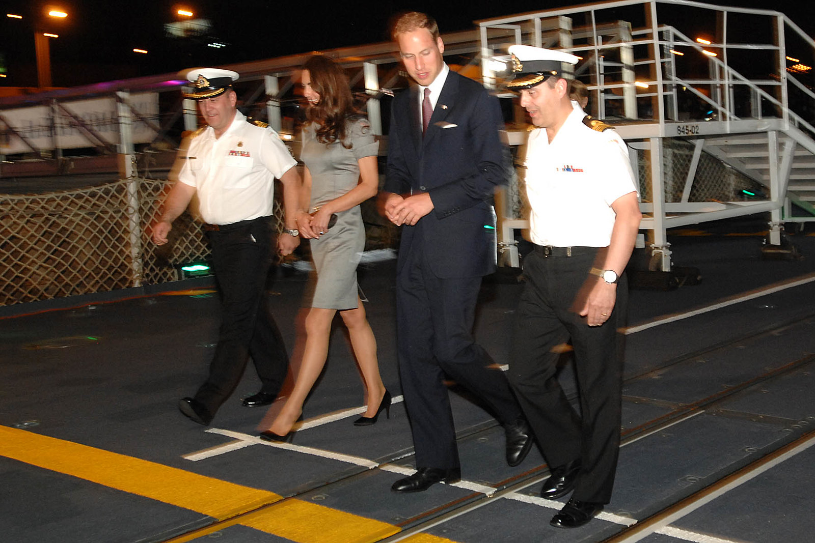 William and Catherine spent the night with the crew of HMCS Montréal