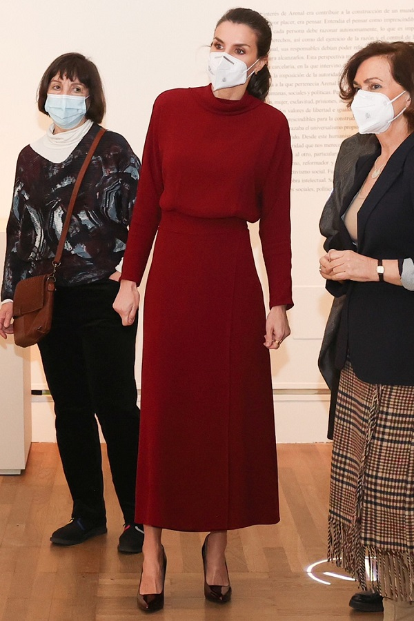 Queen Letizia of Spain wore Massimo Dutti Limited Edition Open Back Dress to visit the Concepción Arenal - The Humanist Passion 1820-1893 Exhibition in Madrid